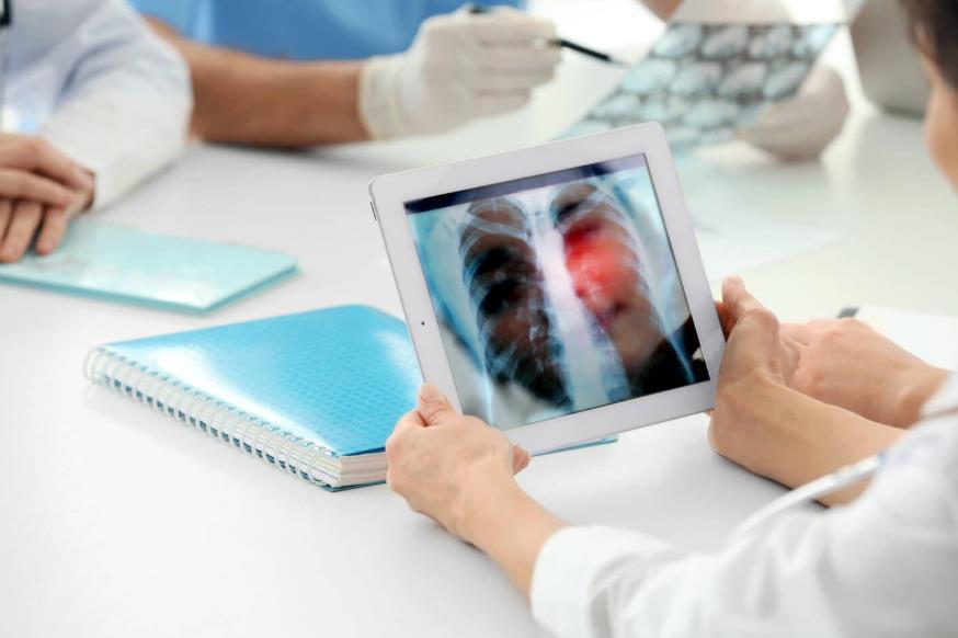 Причини і симптоми запалення легенів