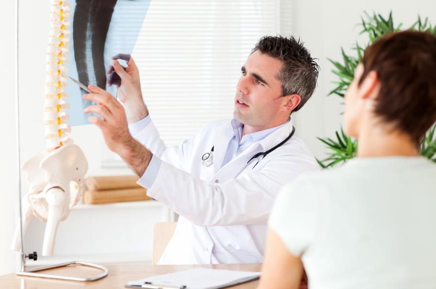 Міжхребцева грижа: симптоми і лікування