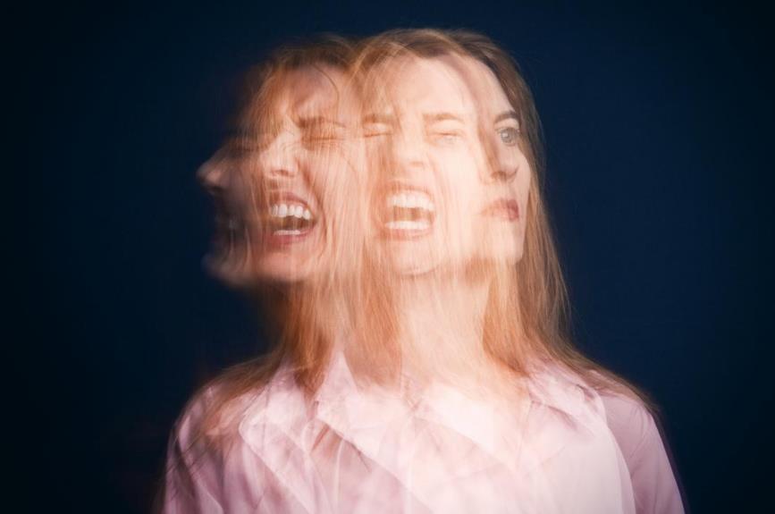Біполярний розлад: причини, симптоми, наслідки