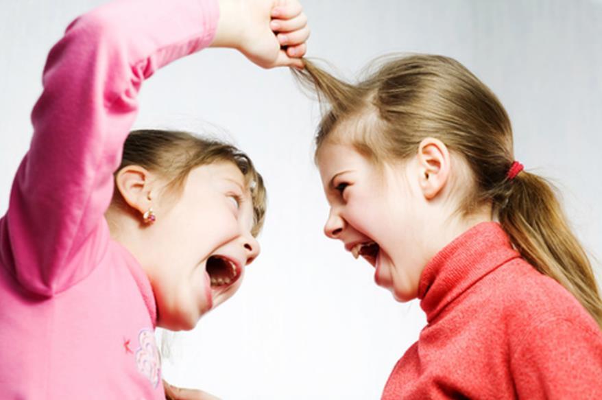 Агресія проти інших дітей