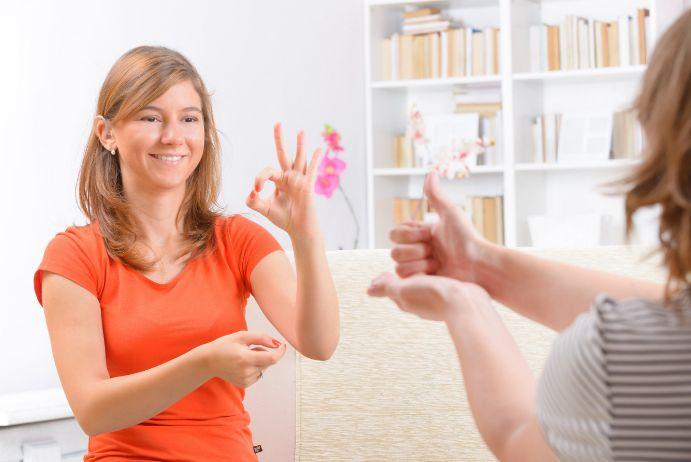 6 міфів про глухоту