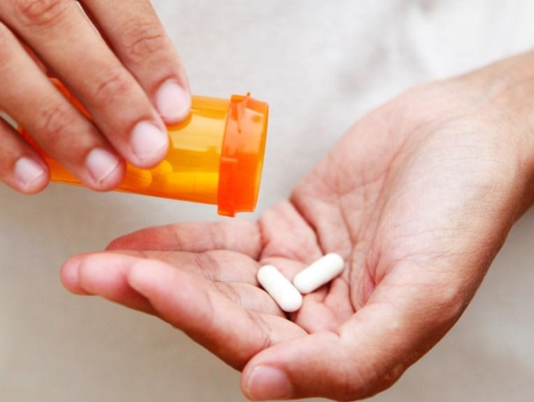 Перші симптоми ВІЛ-інфекції та стадії захворювання