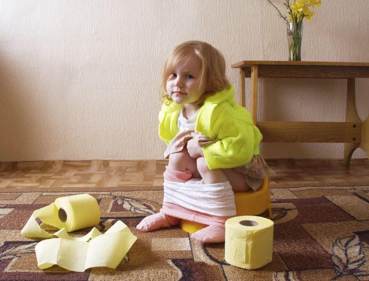 Пролапс прямої кишки у дітей: роль запорів