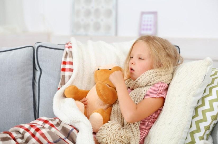 Пневмонія у дітей з температурою та без