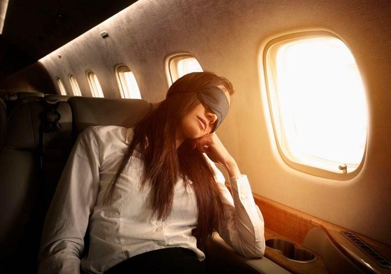 Як подолати джетлаг: поради авіаторів