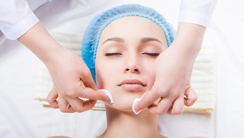 Як лікувати демодекоз - почервоніння на обличчі