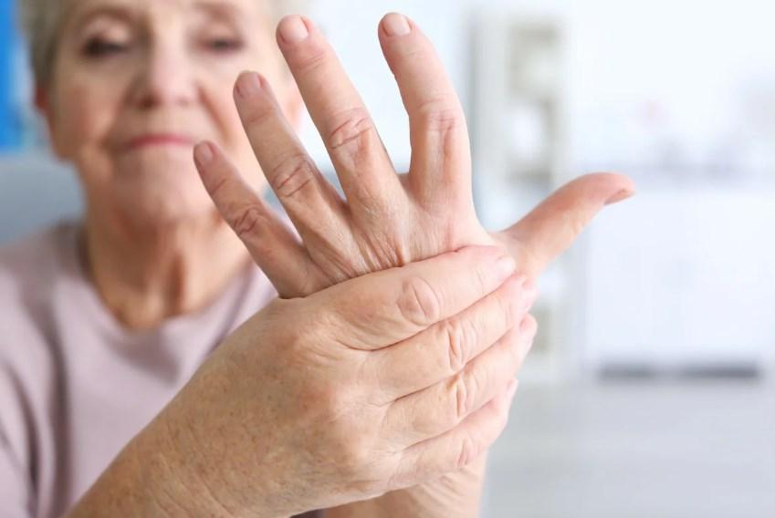 Причини тремору рук і інших частин тіла