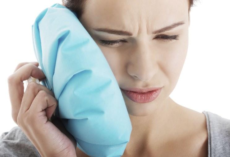 Що робити, коли болить зуб: прості методи