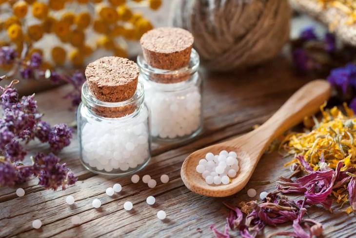 Гомеопатія: що це і чим гомеопатія може бути небезпечна