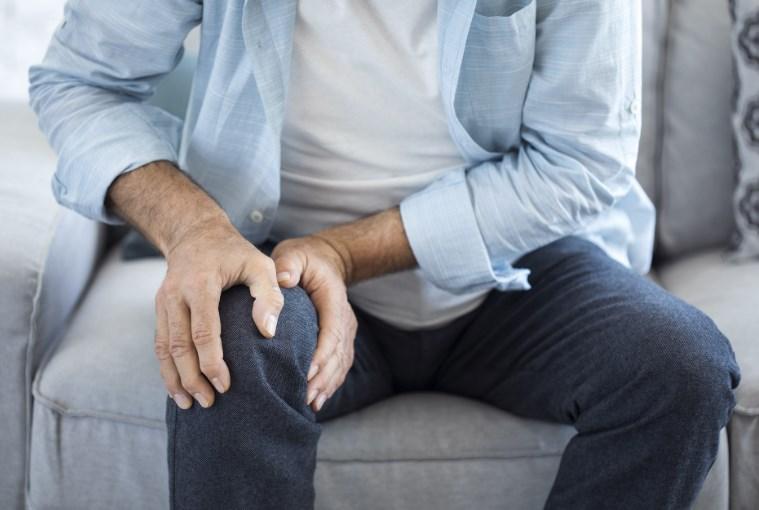 Кіста Бейкера колінного суглоба: причини хвороби, симптоми