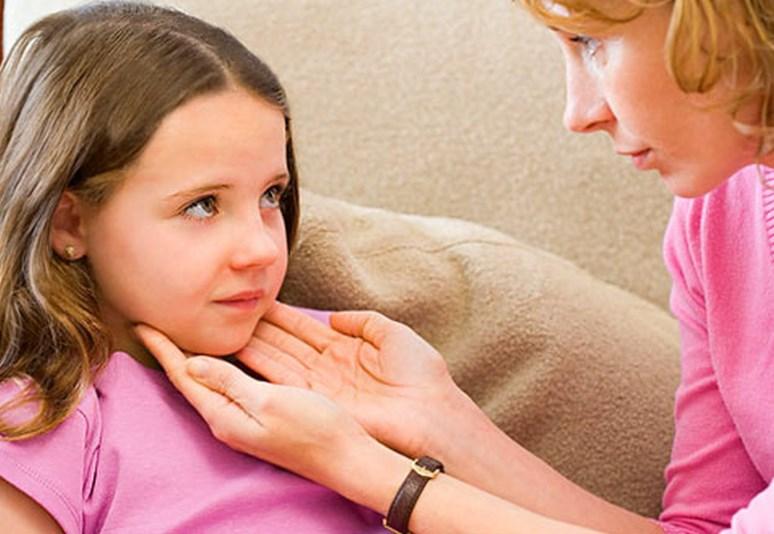 Ларингіт у дітей: причини захворювання, основні симптоми, лікування і профілактика