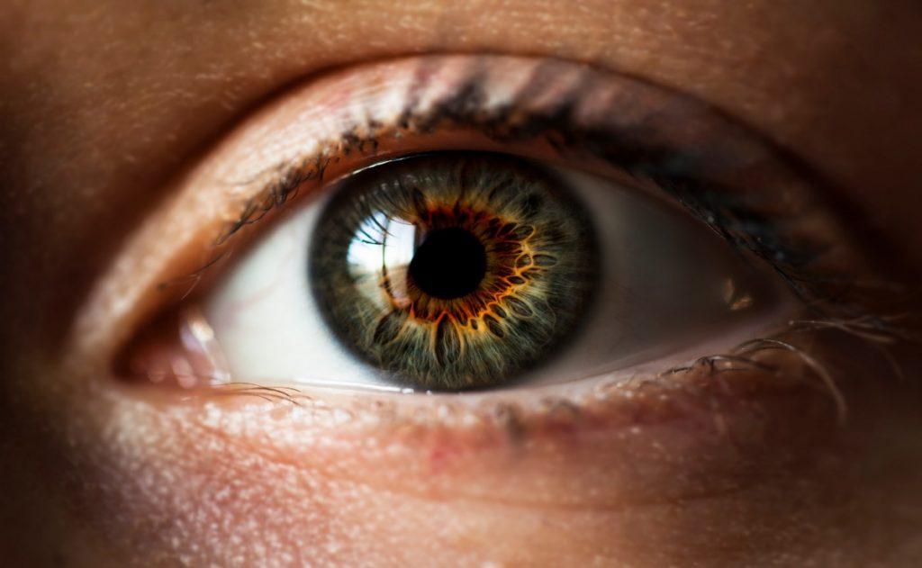 Кріптофтальм – причини, симптоми