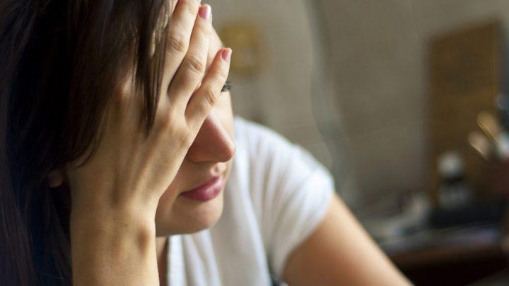 Хімічний опік ока: причини захворювання, основні симптоми, лікування і профілактика