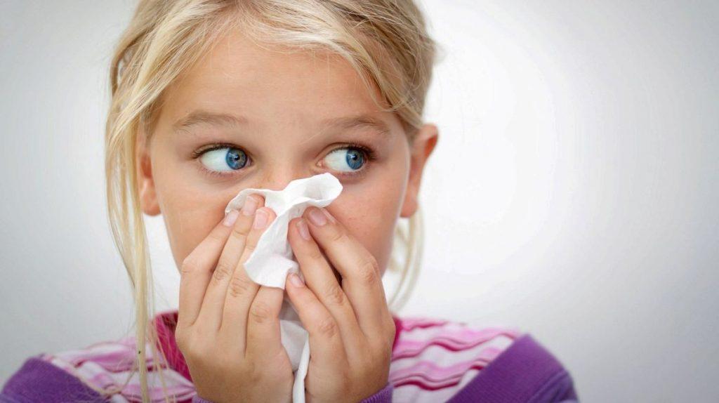 Носова кровотеча: причини захворювання, основні симптоми, лікування і профілактика