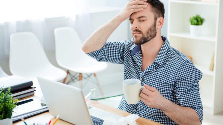 Топ-8 хвороб офісних працівників