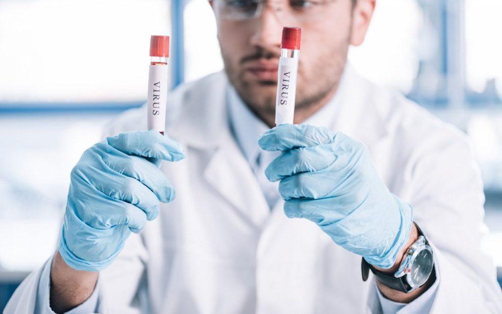 Коронавірус: що він робить з організмом