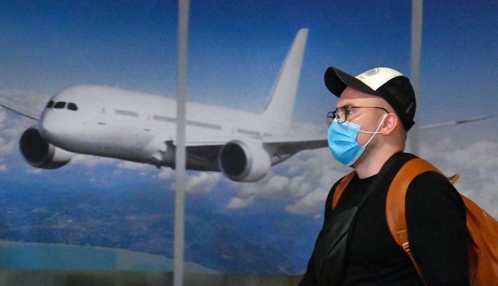 Як не заразитися коронавірусів в аеропорту: важливі поради