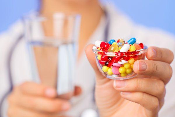 Антибіотики: Як їх пити правильно, коли це марно, а коли небезпечно