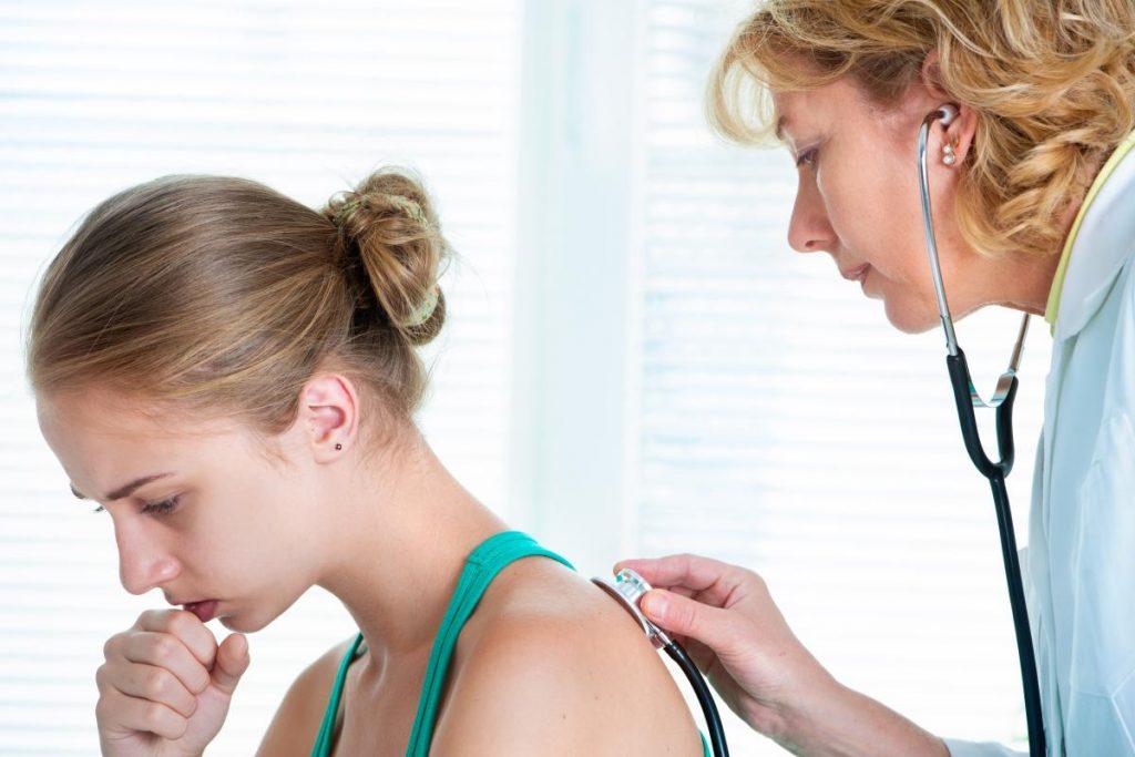 Сухий кашель - причини, симптоми і лікування