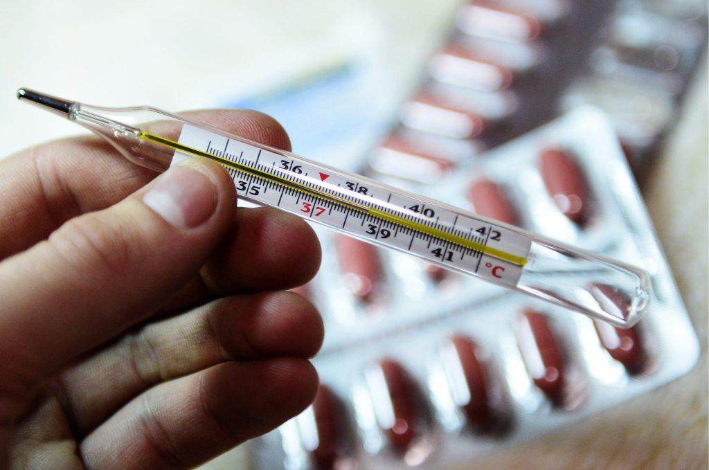 Як і чим лікувати пневмонію: можливі засоби