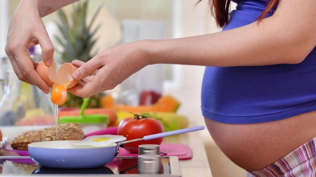 Алергія під час вагітності: як боротися?