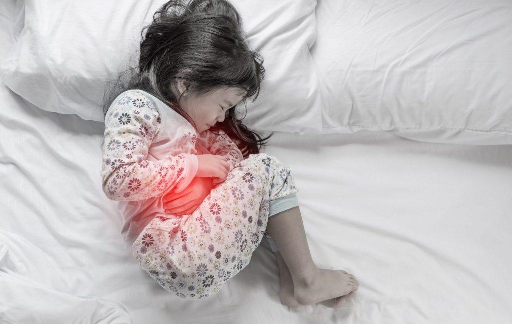 Кишкова інфекція у дитини: ознаки та перша допомога