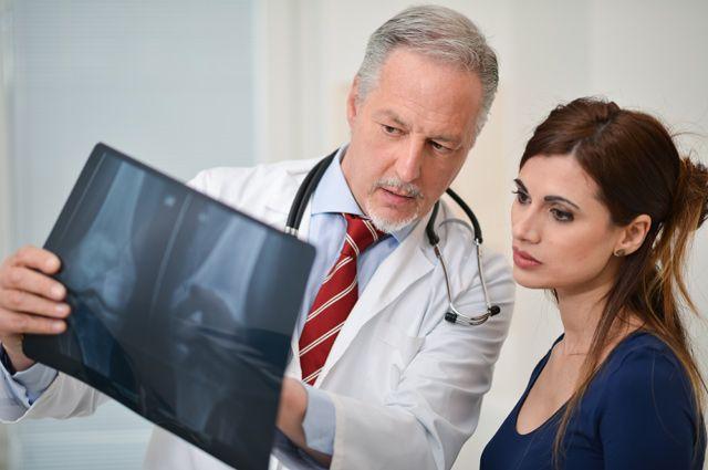 Тендітна кістка. Як розпізнати остеопороз і як від нього захиститися?