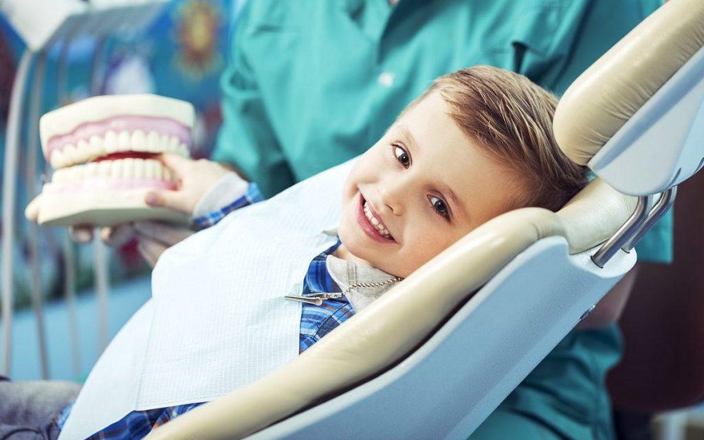 Малюк і зубний лікар. Як підготувати дитину до відвідування стоматолога?