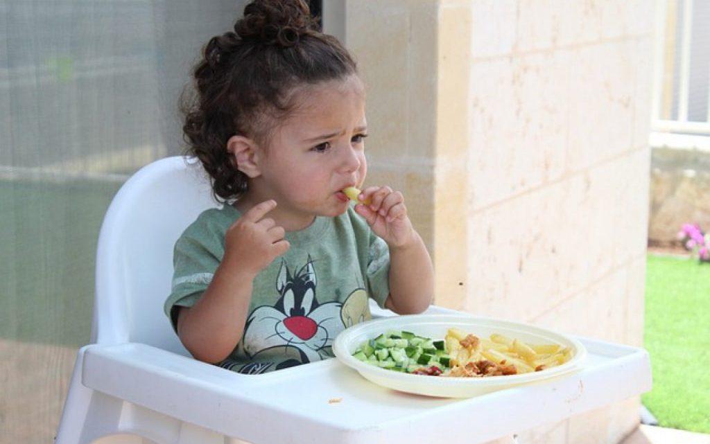 Сезон харчових отруєнь: як захистити дитину