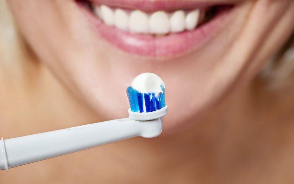 Як вибрати електричну зубну щітку. Типи електричних зубних щіток, їх особливості