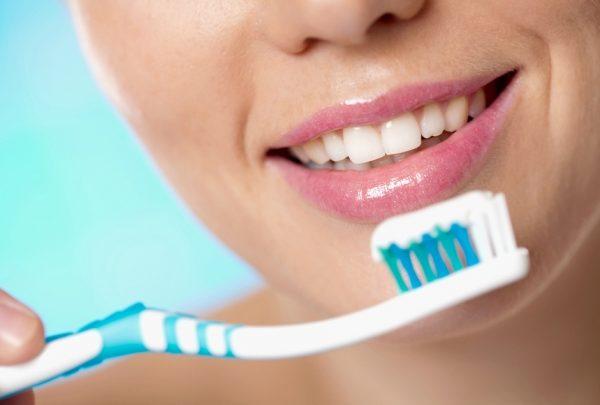 Як впливає фтор на зуби: Шкода і користь фтору для зубів