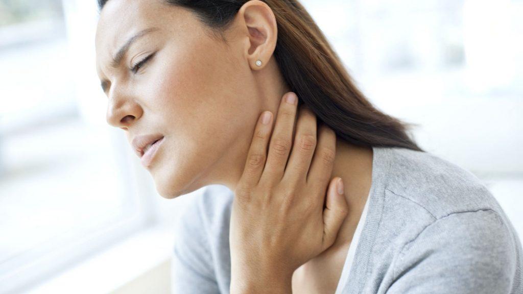 Що робити, якщо у вас щоранку болить шия?