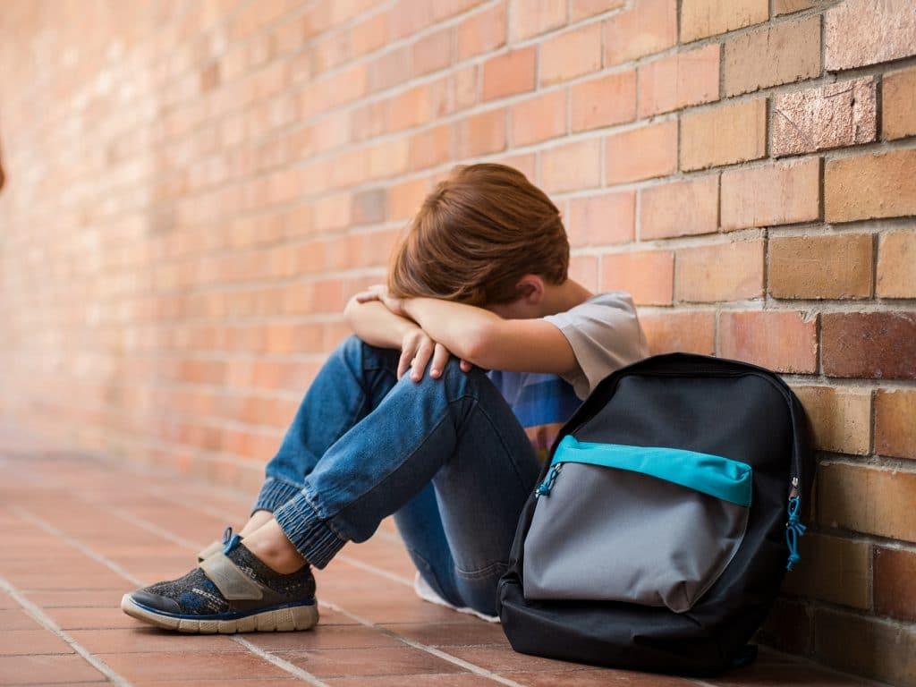 Дитяча депресія і як з нею боротися
