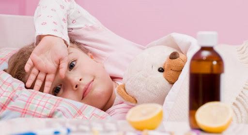 Як годувати дитину під час хвороби