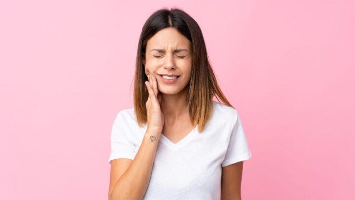 Перевірений спосіб, який полегшить зубний біль