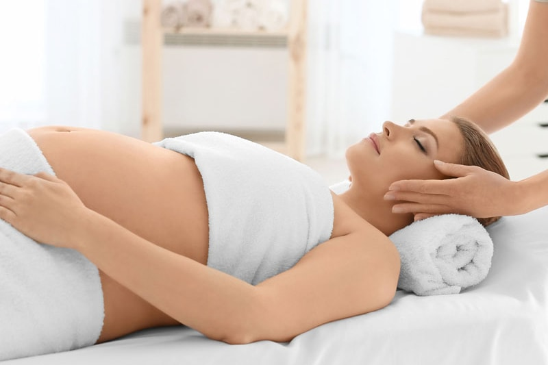 Остеопатія для майбутніх мам: вагітність, пологи, остеопат в педіатрії