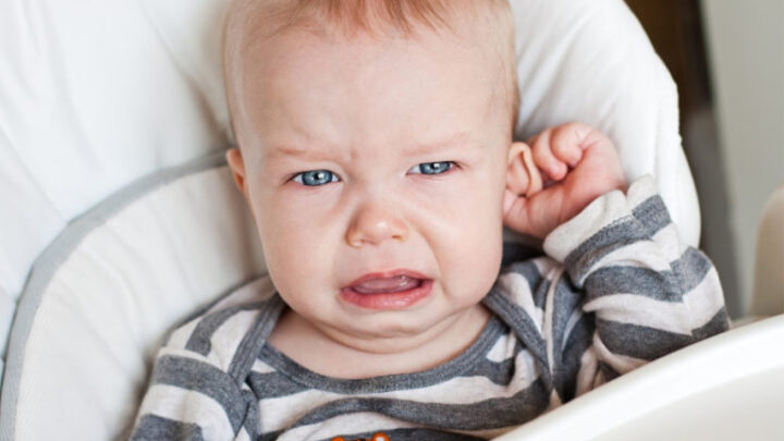 Отит у дитини: симптоми, перша допомога