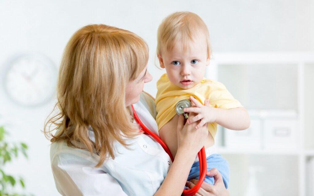 Дитяча розеола: як допомогти дитині впоратися з вірусом