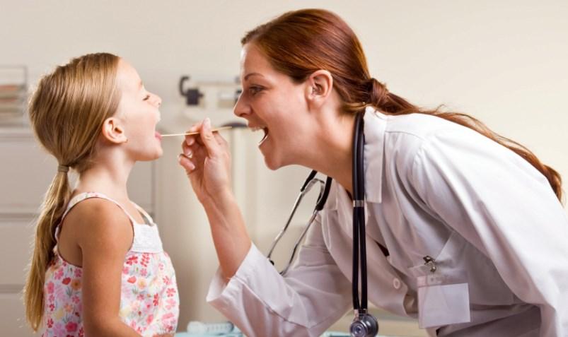 Полум'я в горлі: від чого воно виникає і як його погасити?