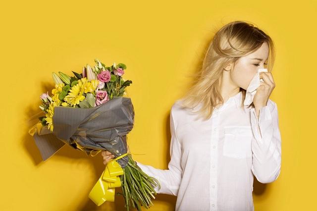 Алергія на покупні квіти: 10 симптомів